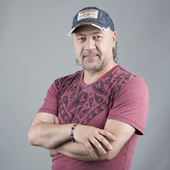 Simonyan Tata